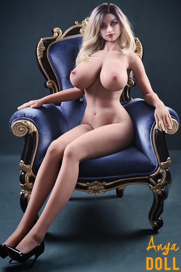 170cm Curvy Love Doll Huge Tits Skylar